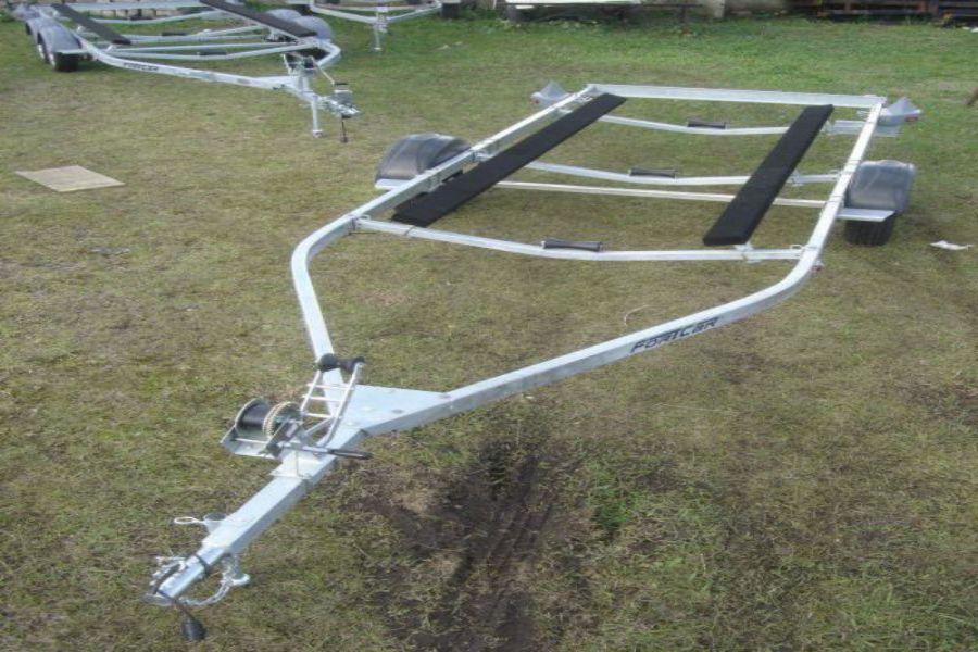 Reboque para Barco de Alumínio Preço - 1